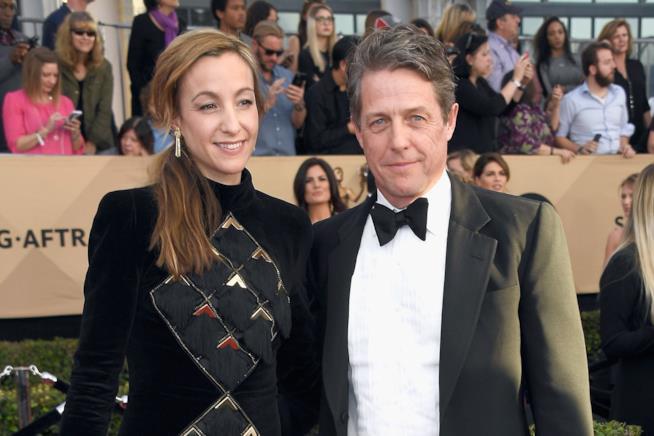 Hugh Grant e la moglie Anna Eberstein