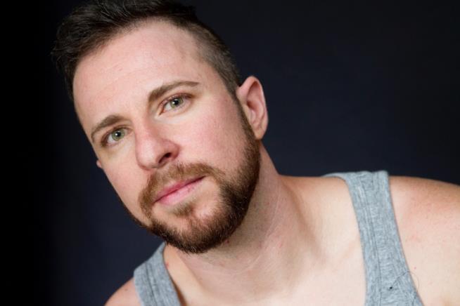 L'icona LGBTQ Ryan Sallans