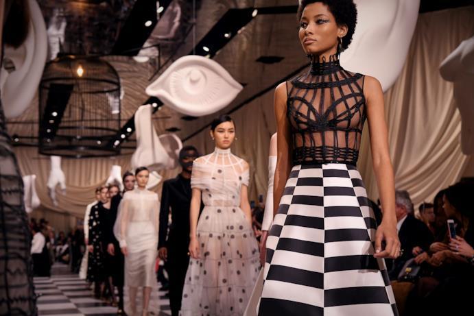 Corsetto-gabbia alla Dior Haute Couture 2018