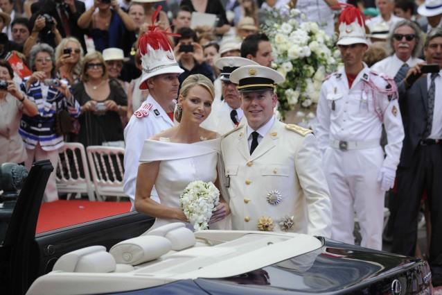 Charlene Wittstock eAlberto II di Monaco sposi