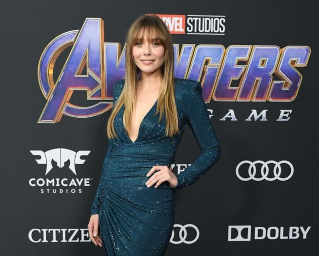 Un'immagine di Elizabeth sul red carpet di Avengers: Endgame