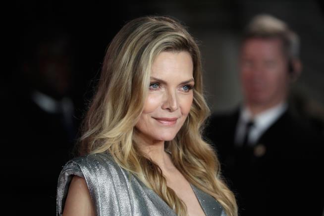 Michelle Pfeiffer in primo piano