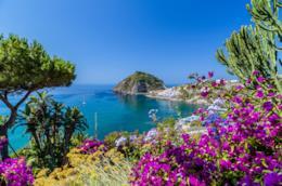 Ischia, panorama sul mare