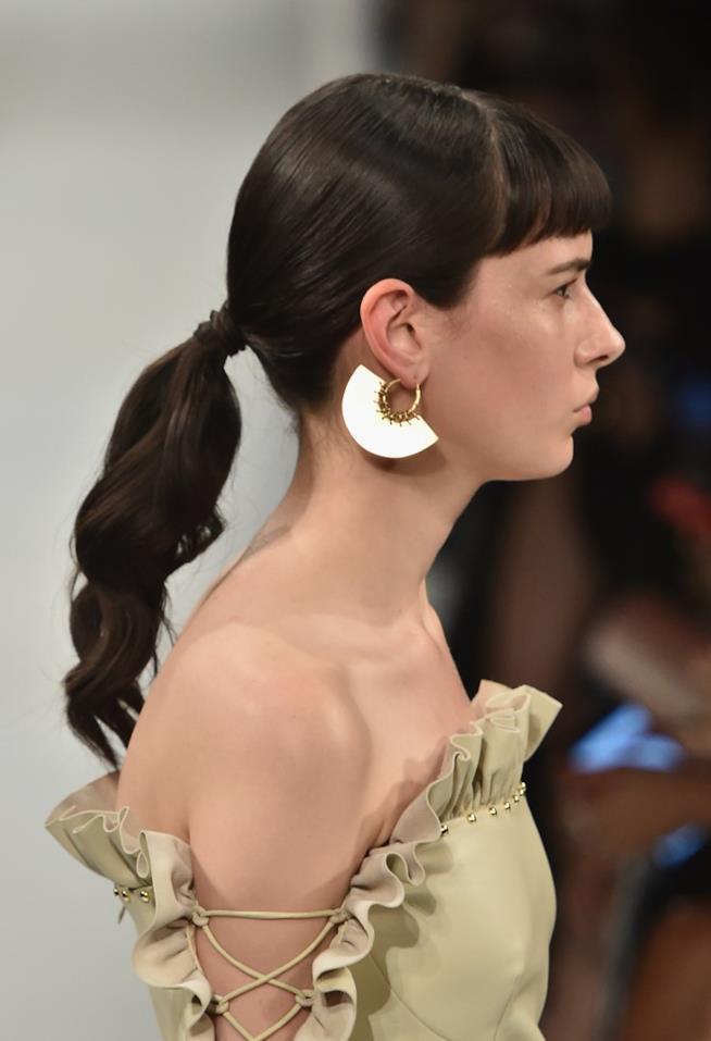 Hairstyle di Coda con frangia