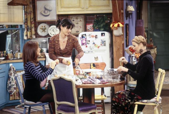 Monica, Rachel e Phoebe in cucina