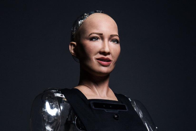 Sophia, un primo piano del droide donna creato dalla Hanson Robotics