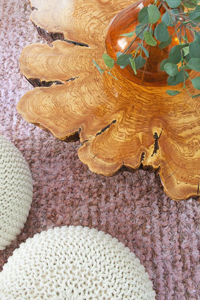 Dettaglio del tavolo di legno