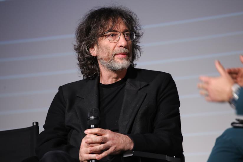 Neil Gaiman al londra per presentare Good Omens