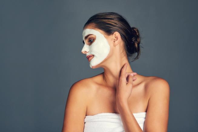 Maschera viso fai da te contro le rughe