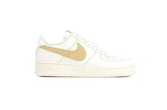 Nike Air Force 1 Vanilla