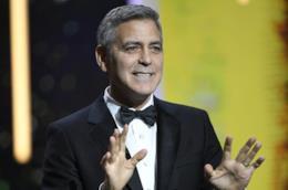 L'attore George Clooney e i suoi soci vendono la tequila Casamigos