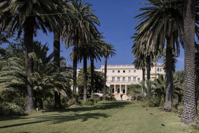 Il parco che conduce alla Villa