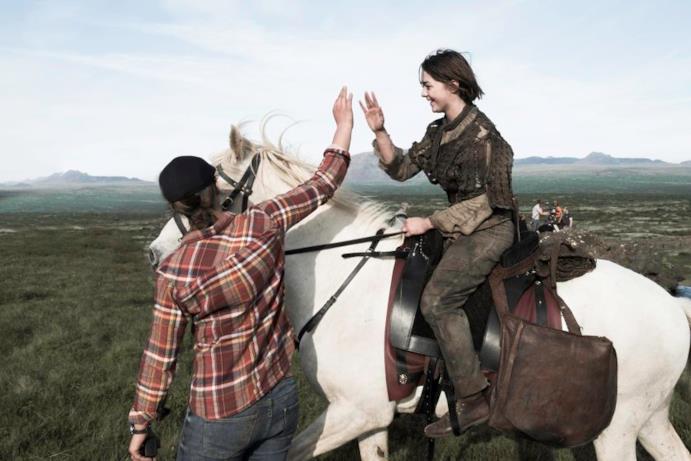 Una scena di GOT con Arya Stark protagonista