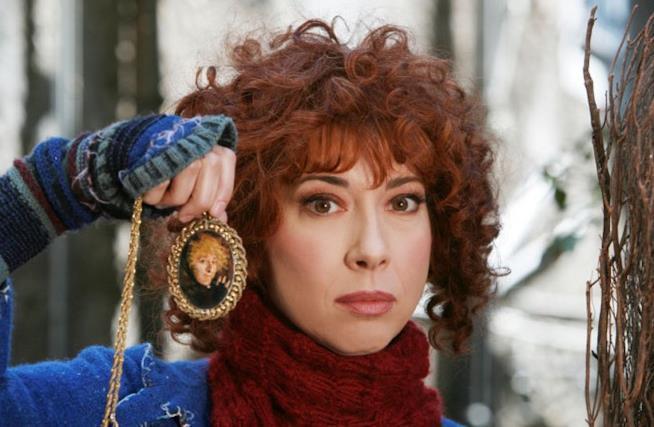 Veronica Pivetti nel film tv Mia cara Befana
