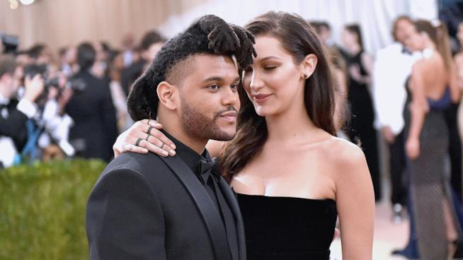 The Weeknd con la modella Bella Hadid