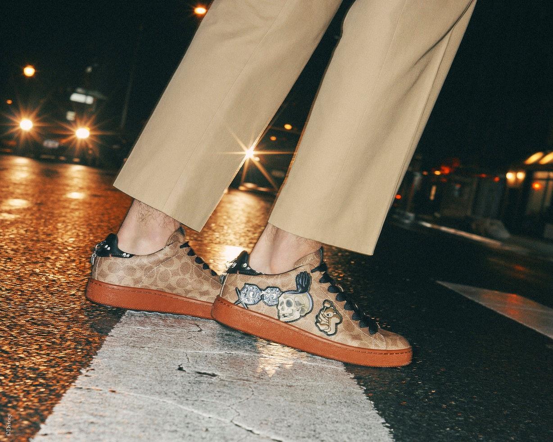 Le scarpe da ginnastica Disney x Coach