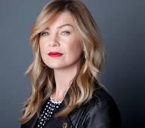 Ellen Pompeo è Meredith Grey, la protagonista di Grey's Anatomy