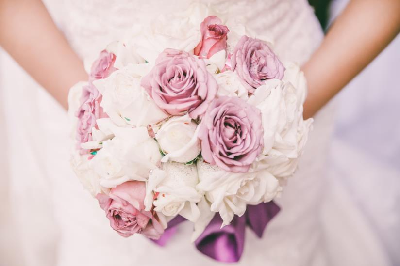 Bouquet Sposa Economico.Bouquet Della Sposa I Fiori Da Scegliere In Base Alla Stagione