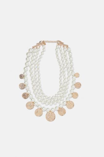 Collana con perle e monete