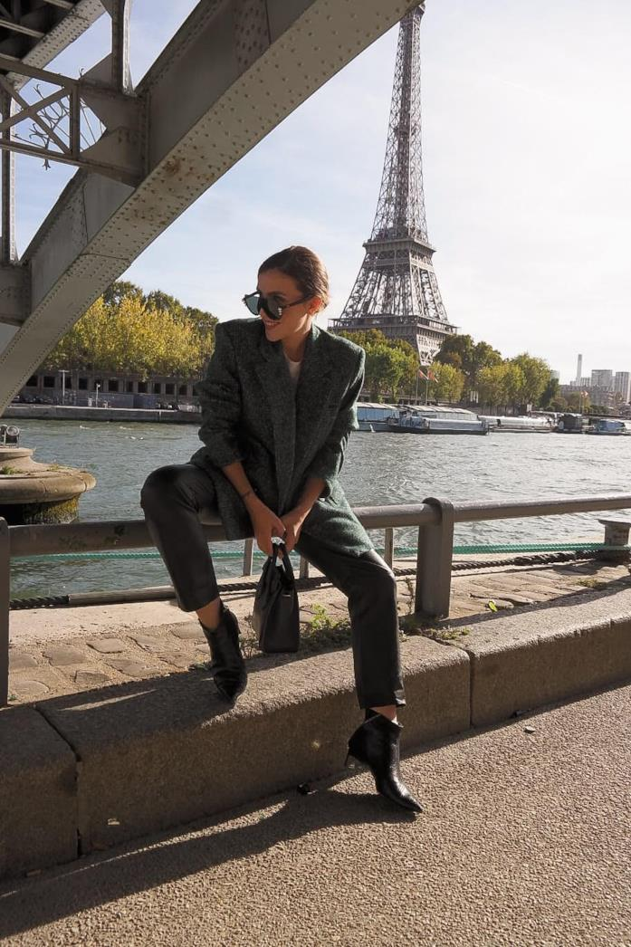 Silvia Caroline a Parigi