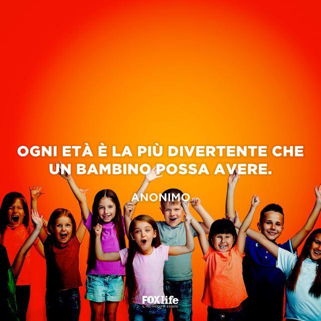 Gruppo di bambini felice
