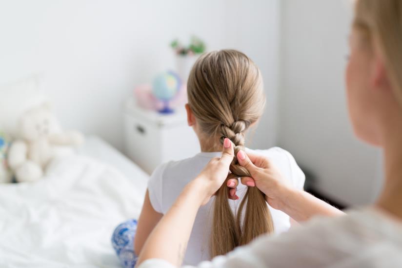 Treccia su capelli lunghi