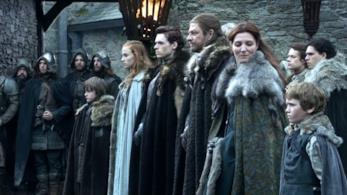 La famiglia Stark al completo per l'arrivo di Re Robert