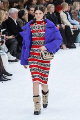 Sfilata CHANEL Collezione Donna Autunno Inverno 19/20 Parigi - 27