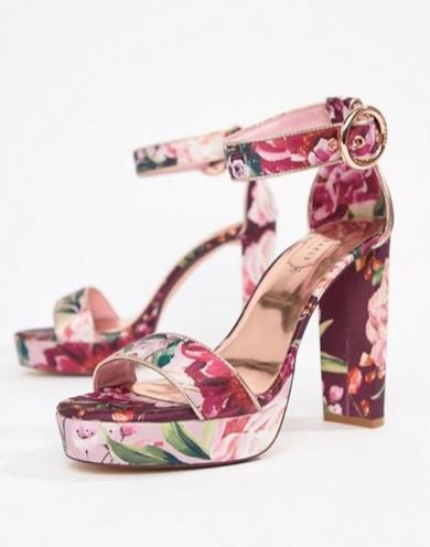 Sandali con tacco e plateau a fiori