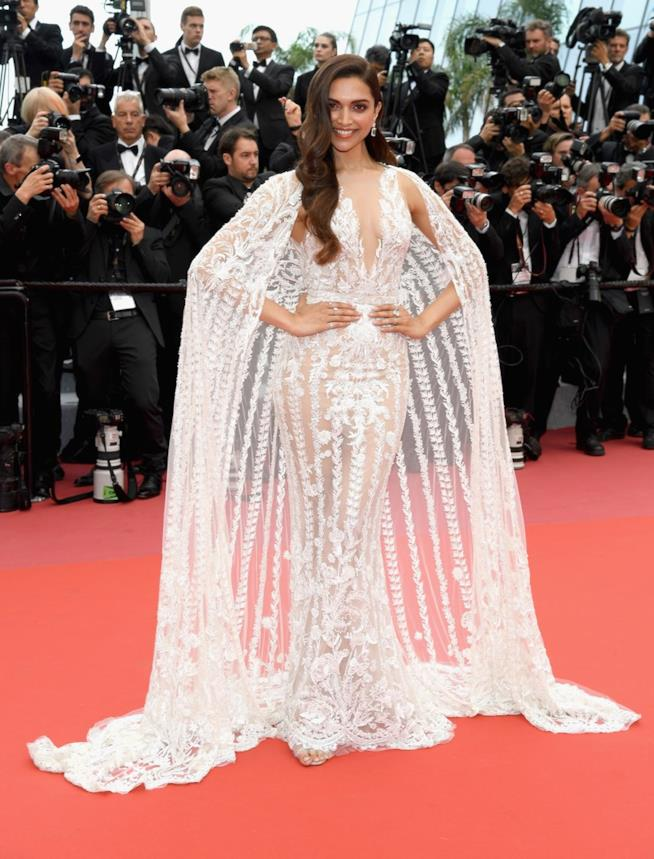 Deepika Padukone in primo piano a Cannes