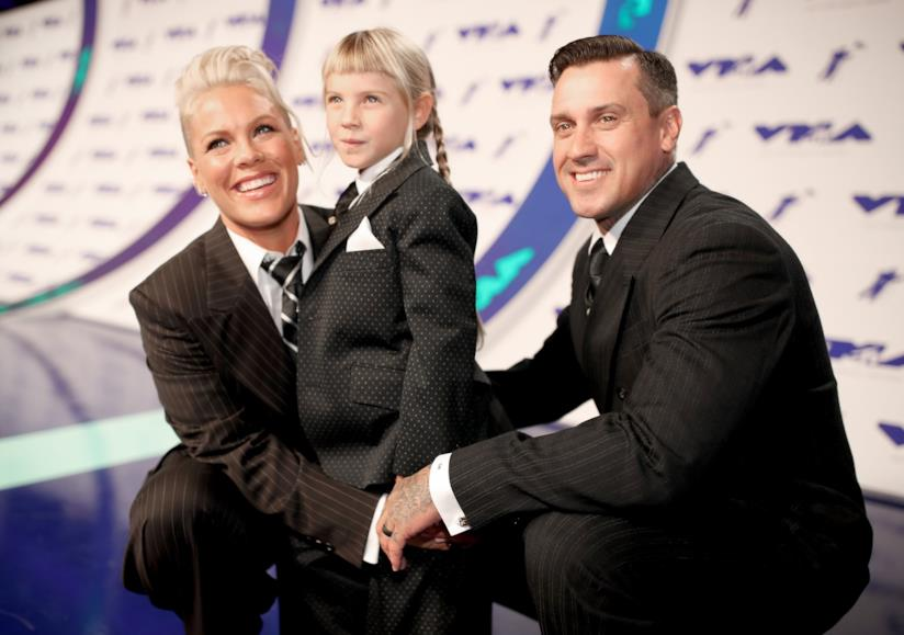 Pink insieme al marito Carey Hart e alla figlia Willow