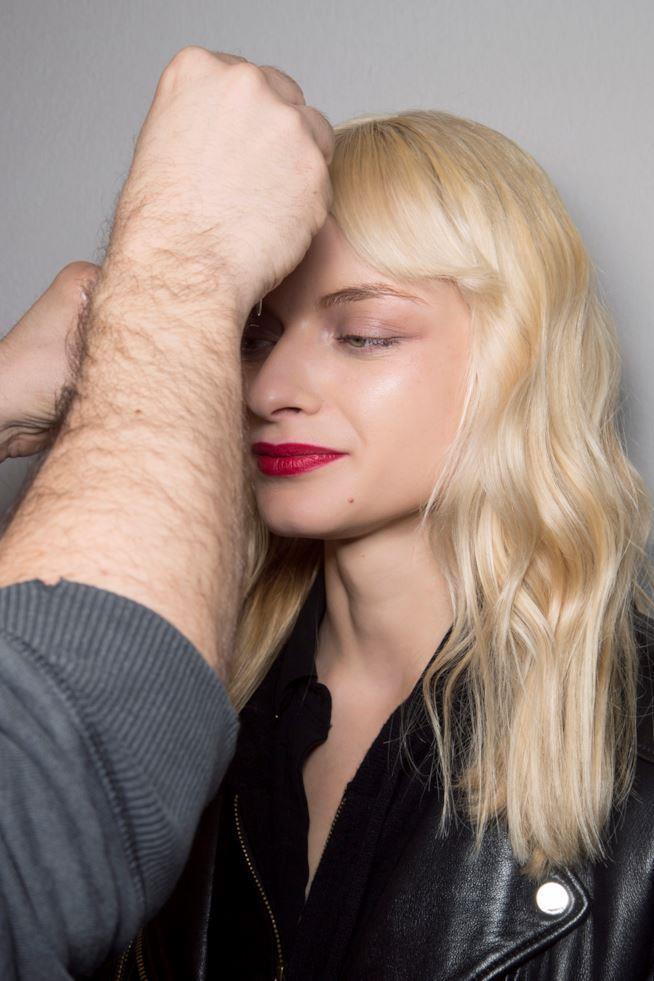 Piega capelli medio lunghi e mossi