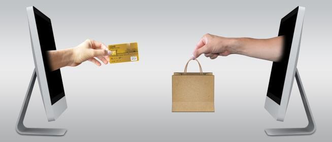 Una rappresentazione dello shopping online via computer