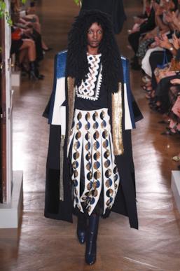 Sfilata VALENTINO Collezione Alta moda Autunno Inverno 19/20 Parigi - ISI_3547