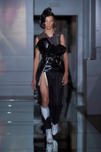 Sfilata MAISON MARGIELA Collezione Alta moda Autunno Inverno 19/20 Parigi - Margiela PO HC RF19 0009