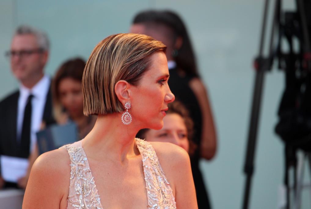 Un profilo di Kristen Wiig e del suo caschetto