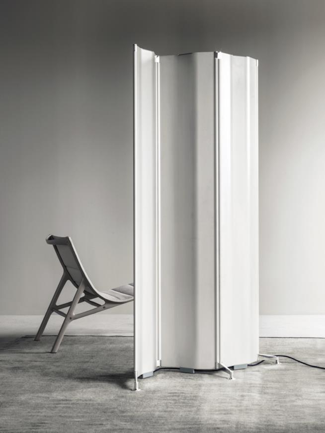 Radiatore Origami di Alberto Meda per Tubes, freestanding e con funzione complementare di separé
