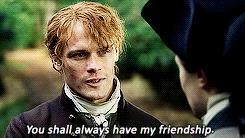 Sam Heughan e David Berry in un episodio della terza stagione di Outlander