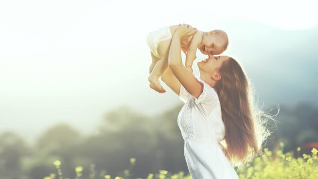 Mamma e bambino felici