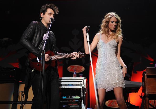 Taylor Swift e John Mayer insieme sul palco