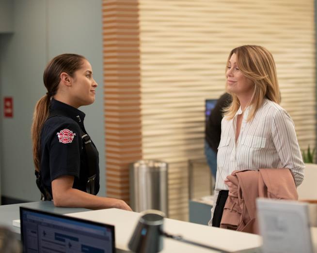Andy e Meredith nel crossover tra Station 19 e Grey's Anatomy