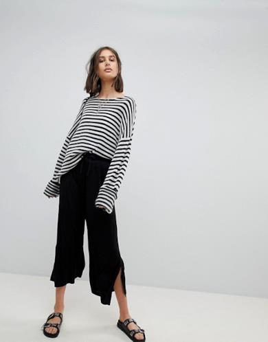 Pantaloni cropped neri
