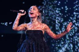 Ariana Grande ancora in vetta nella Hot 100 di Billboard, la Top Ten dei singoli del momento