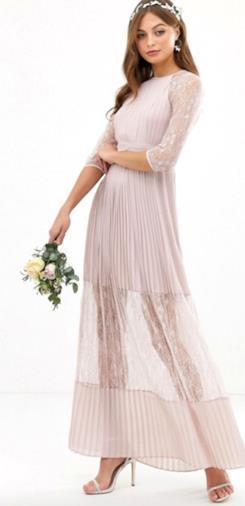 Esclusivo vestito da damigella grigio talpa lungo a pieghe con inserti in pizzo