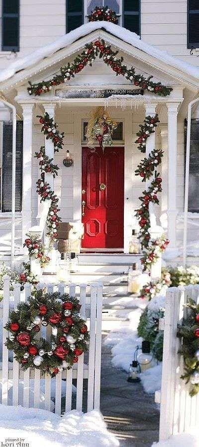 Ghirlande natalizie per l'ingresso
