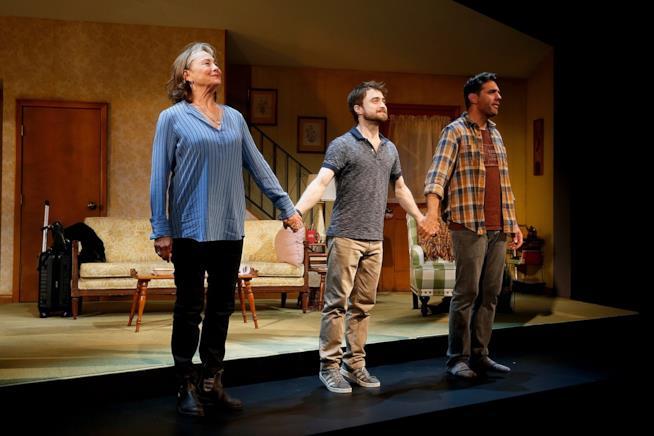 Daniel Radcliffe e il cast di The Lifespan of a Fact a Broadway