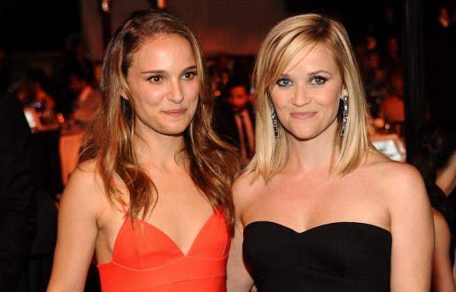 Reese Witherspoon ha convinto Natalie Portman a iscriversi su Instagram