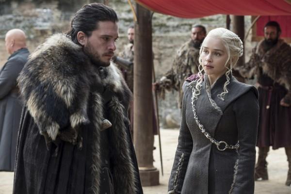 Jon Snow e Daenerys Targaryen in Trono di spade