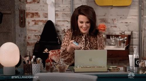 Megan Mullally interpreta Karen Walker in Will & Grace