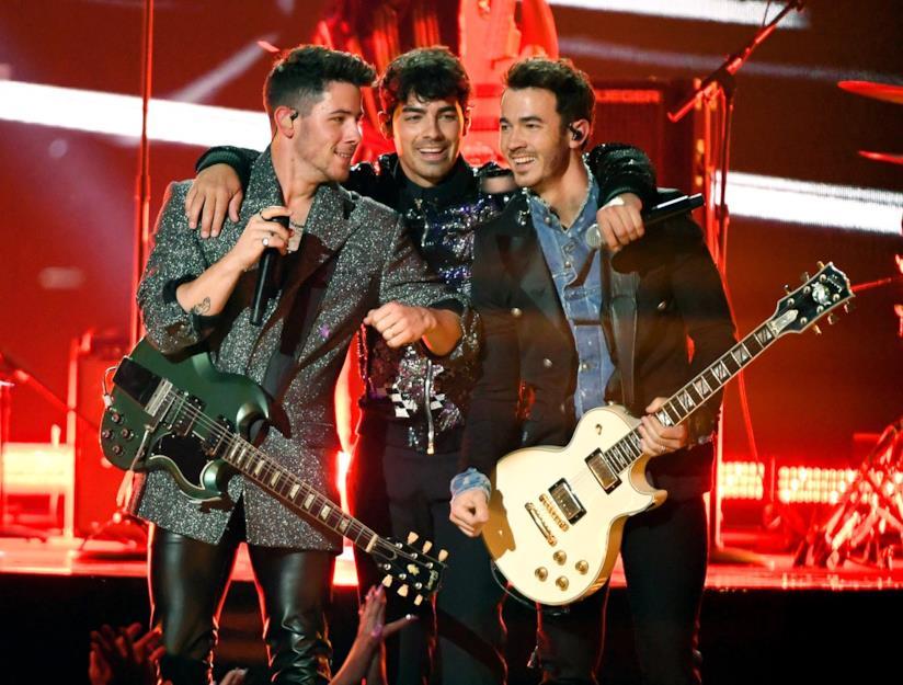 i Jonas Brothers di nuovo insieme sul palco
